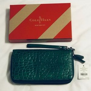 🌟LIKE NEW🌟 Cole Haan Double Zip Crocodile Clutch